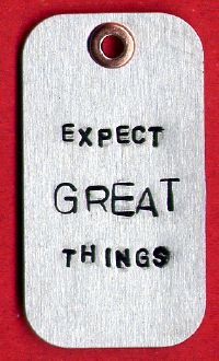 expectgreatthings-necklace (1)