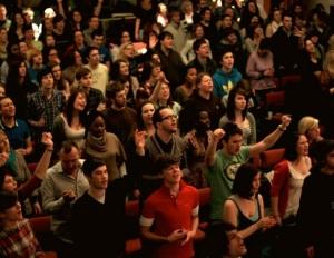 congregation-worshipping