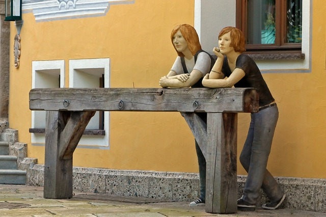 sculpture-368684_1280